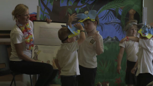 Children playing Ender elephant